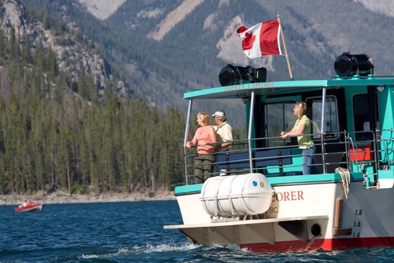 Banff Adventures - Banff Lake Cruise